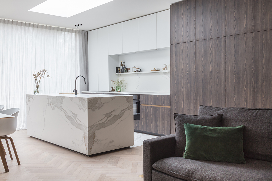 luxe interieurinrichting leefruimte keuken houtskelet bio ecologisch verbouwen luxe comfort